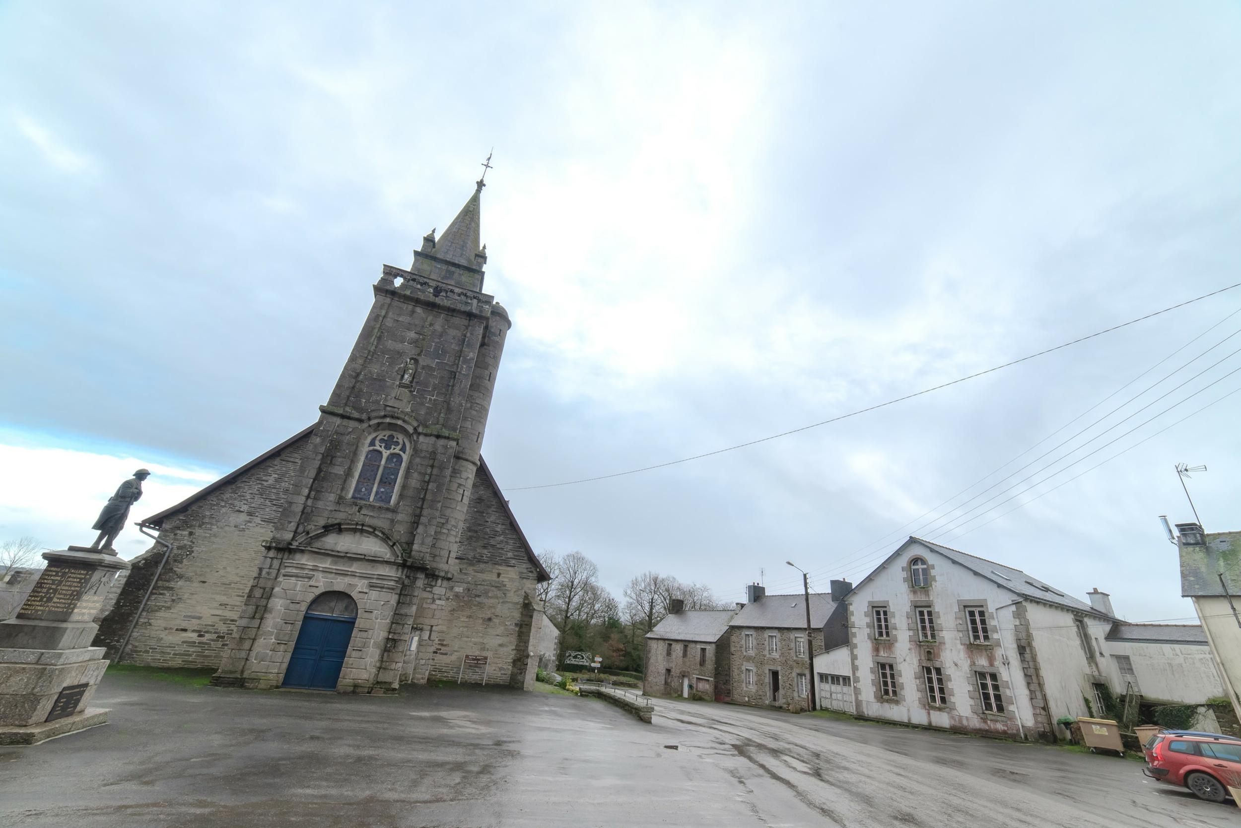Travaux de l''église de Saint-Martin-des-près
