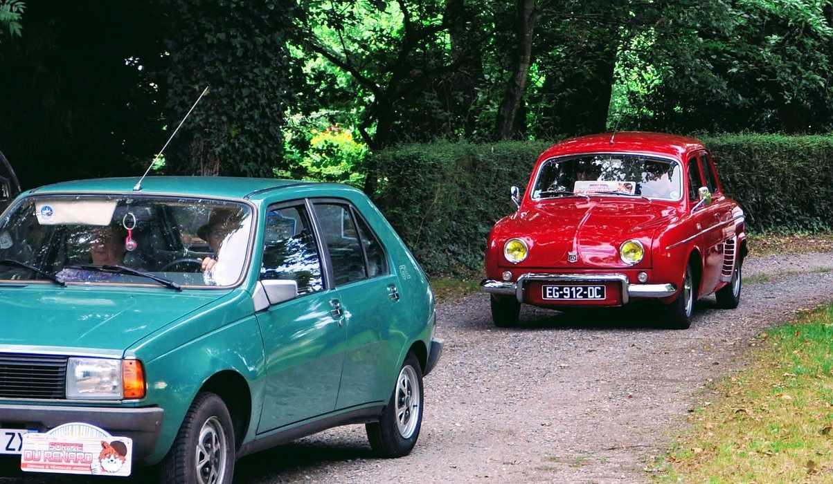 1 août 2020 : passage de véhicules anciens - Saint Martin des Prés dsc0413
