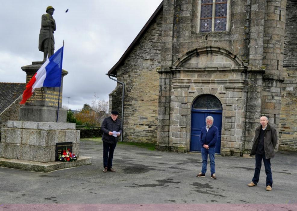 Commémoration de l'Armistice de 1918 à Saint Martin des Prés 0