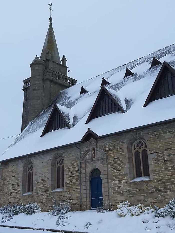 La neige à Saint-Martin-Des-Présfevrier 2021 leglise